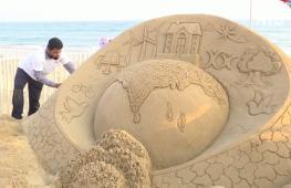 Фестиваль песчаных скульптур в Индии проходит без зарубежных мастеров