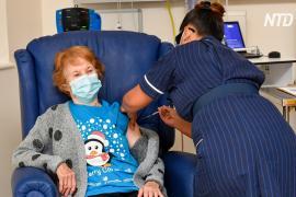 Британская бабушка стала первой в мире, кому вкололи вакцину Pfizer/BioNTech вне испытаний