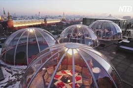 Новый год с видом на Кремль: на крыше ресторана построили беседки