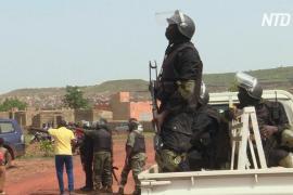 В Нигерии бандиты похитили более 300 учеников школы-интерната