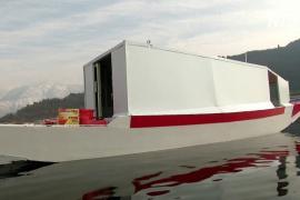 Житель Сринагара переоборудовал лодку в «скорую помощь» после того, как сам чуть не умер