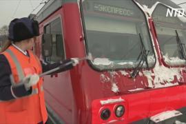 Российским женщинам разрешили работать машинистами поездов