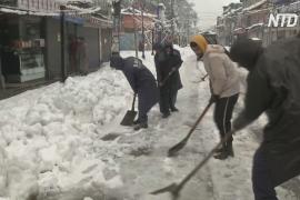 В индийском Сринагаре впервые за 30 лет температура упала до минус 9