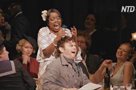 Оперные певцы Англии помогают переболевшим COVID правильно дышать