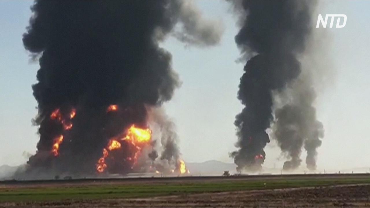 Взрыв и пожар: на границе Афганистана сгорели 500 бензовозов и грузовиков