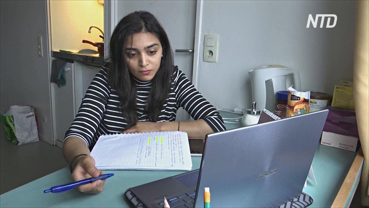 Французские студенты жалуются на изоляцию и нехватку работы