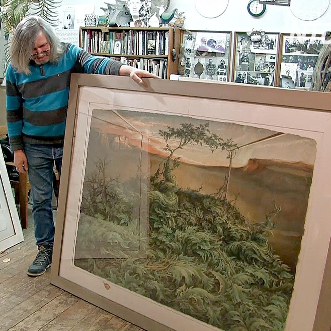 Художник из Петербурга делает объёмные картины из самодельной бумаги
