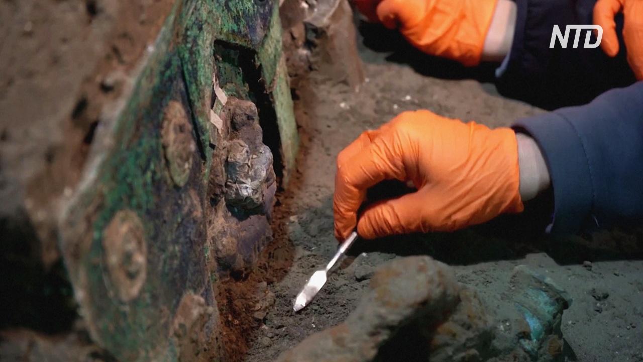 При раскопках в Помпеях нашли церемониальную колесницу