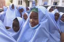 В Нигерии освободили 279 похищенных школьниц