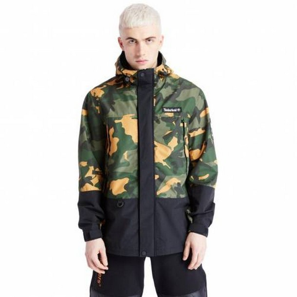 Camo Archive Mountain Trail Jacket