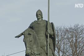 800-летие Александра Невского отмечают в Петербурге