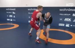 Немецкий борец переделал курятник в спортзал и готовится победить на Олимпиаде