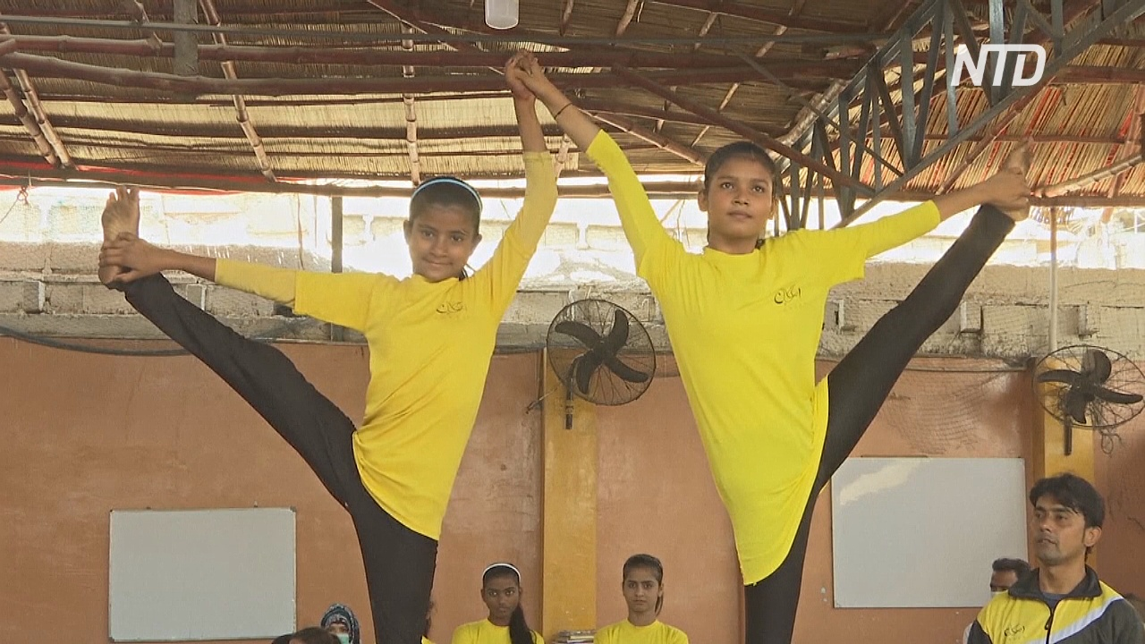 Гимнастки без гражданства: трудности бенгальцев в Пакистане