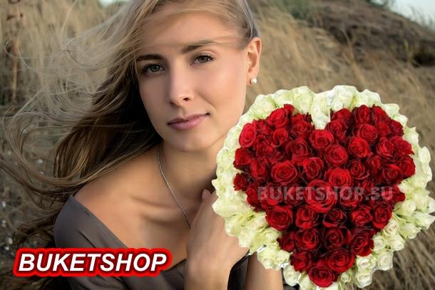 Заказ букетов из живых цветов с доставкой в Москве