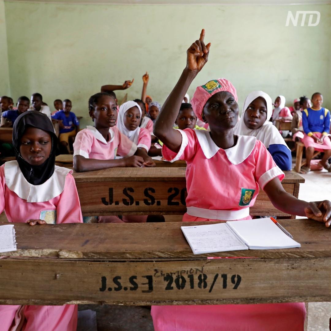 50-летняя школьница из Нигерии не стыдится ходить во второй класс