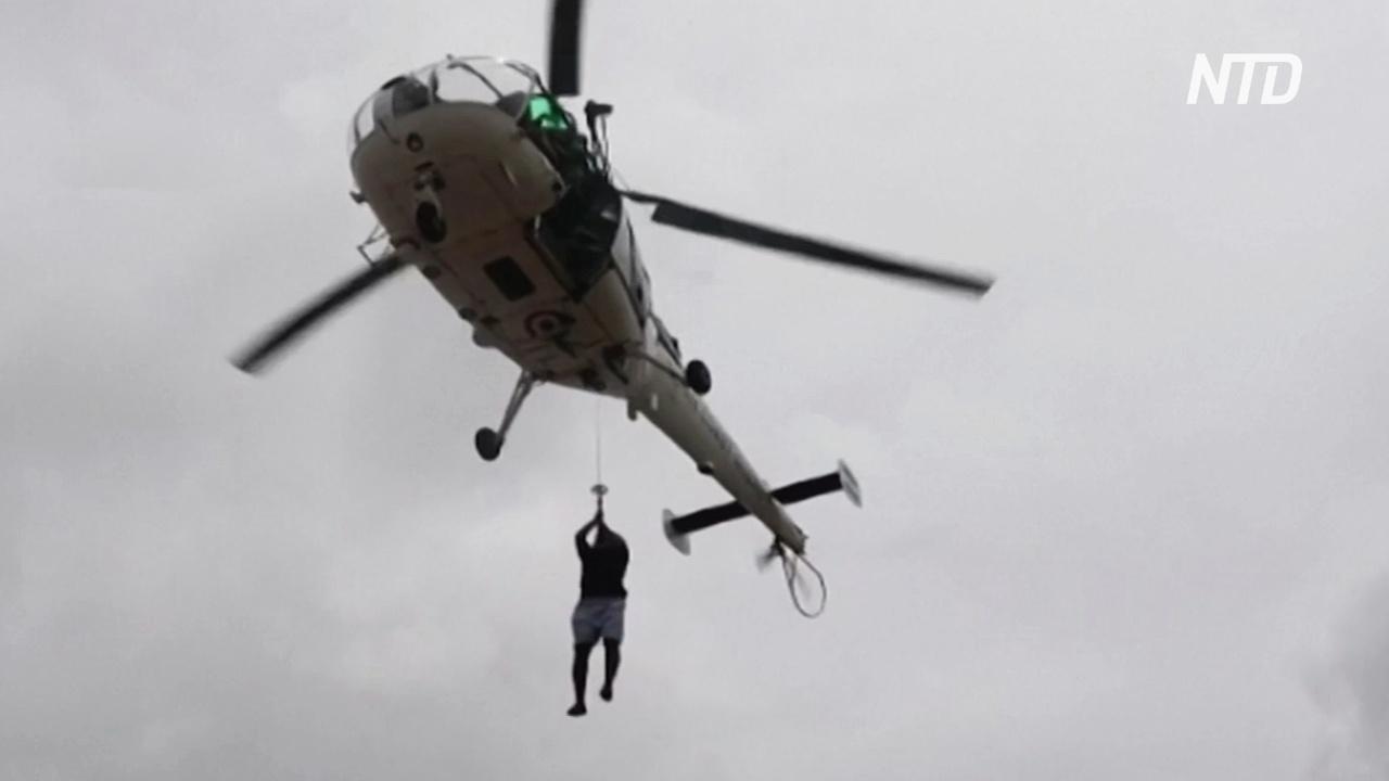 В Индии нашли более 60 погибших нефтяников с затонувшей баржи