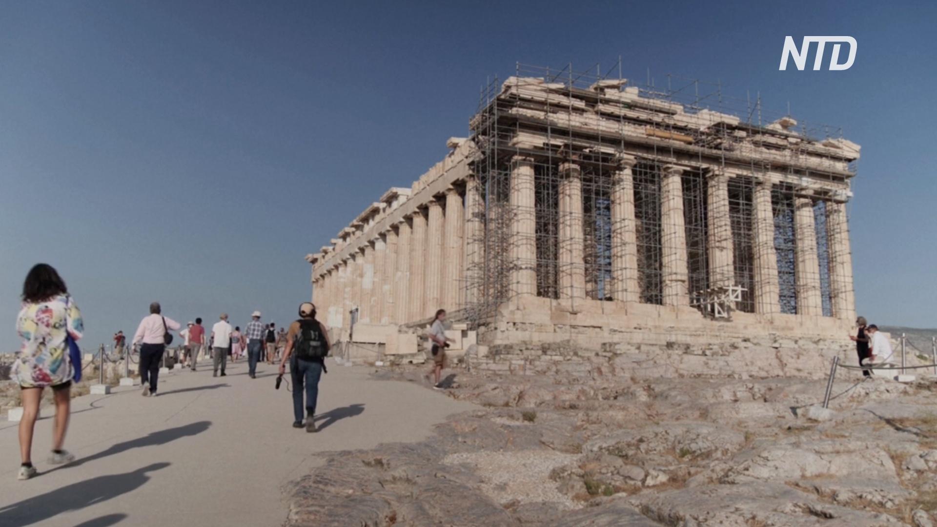 В Акрополе проложили новые дорожки для людей с инвалидностью