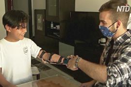 Испанский изобретатель делает 3D-печатные протезы и дарит их инвалидам