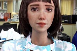 Гуманоид-медсестра в образе аниме-героя скоро поступит в больницы Азии