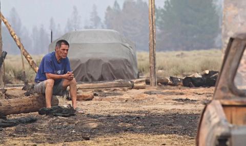 «Ничего не осталось»: пожар в Орегоне уничтожил десятки домов