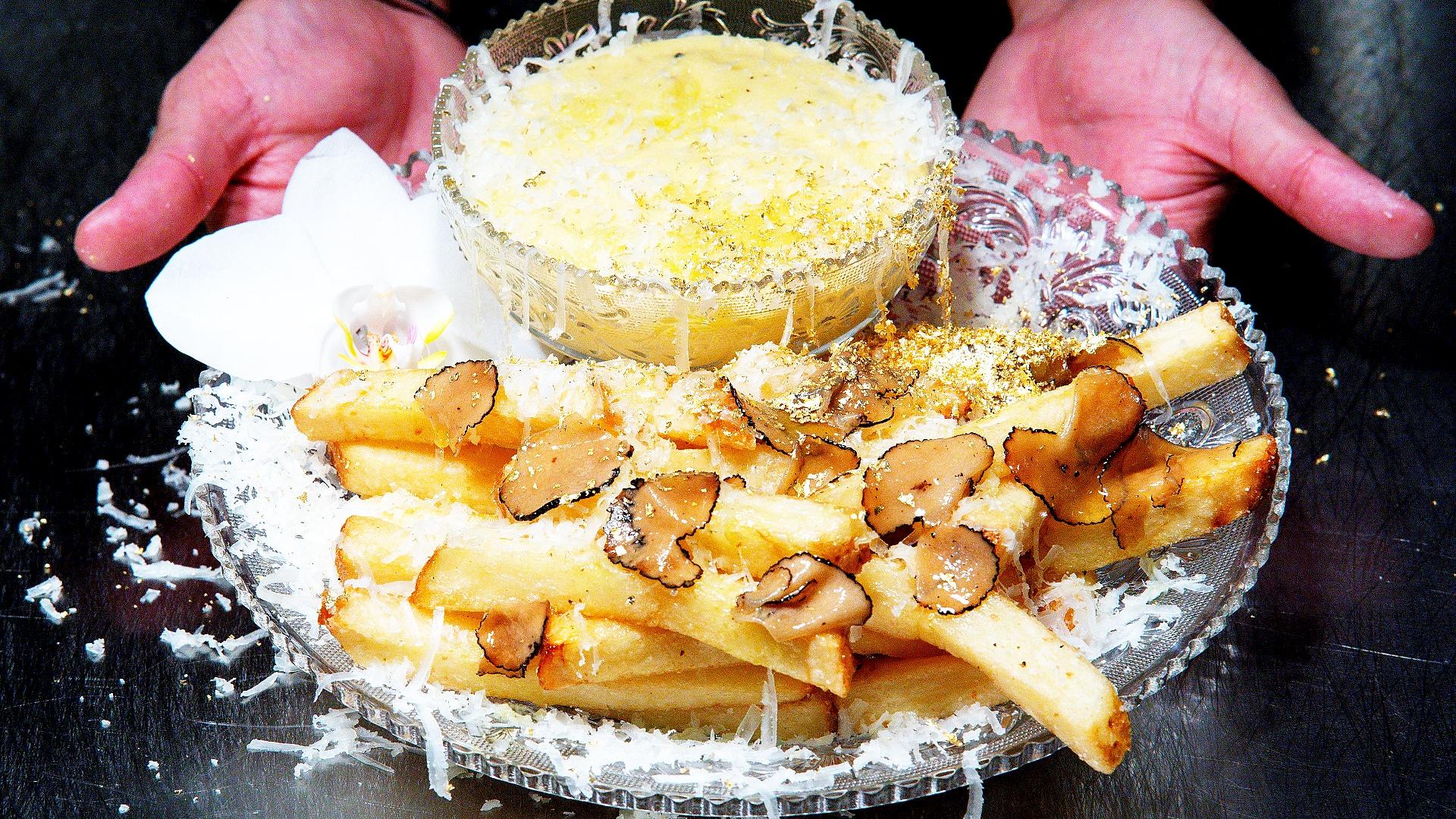 Золото и трюфели: где делают самую дорогую в мире картошку фри