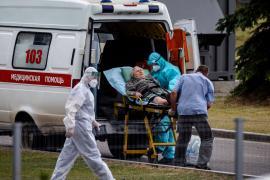 В России суточная смертность от COVID в третий раз достигла рекордного уровня