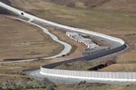 Турция строит стену на границе с Ираном