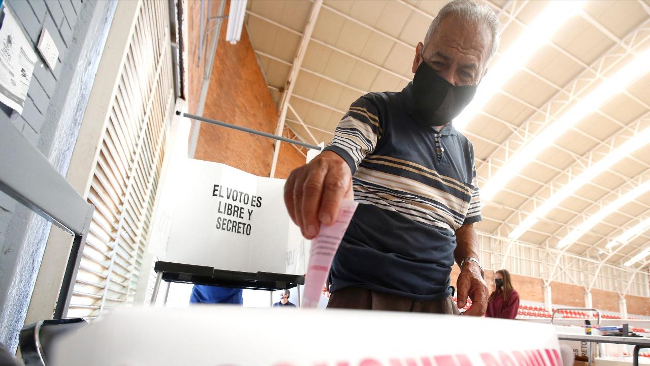Референдум провалился: мексиканцы не захотели суда над экс-президентами