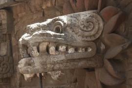 Спасти пирамиду Пернатого змея ацтеков решили в Мексике