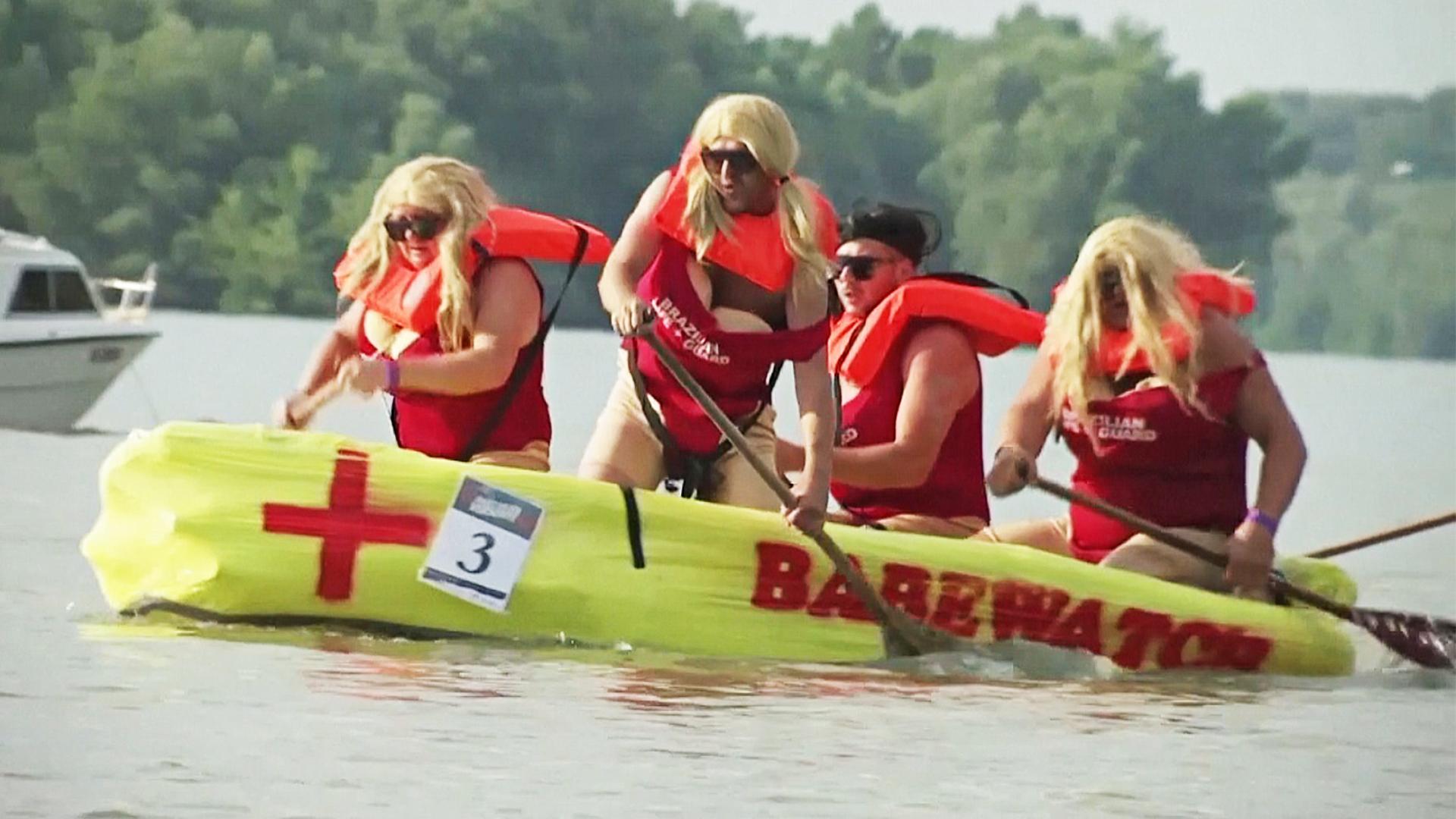 Заплыв на лодках из чего попало прошёл на Дунае
