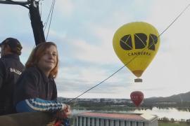 11-летний австралиец работает вторым пилотом на воздушном шаре