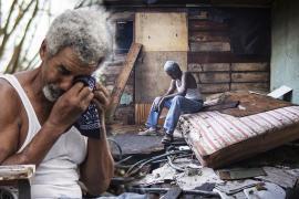 «У меня ничего не осталось»: жители США разбирают завалы после урагана «Ида»