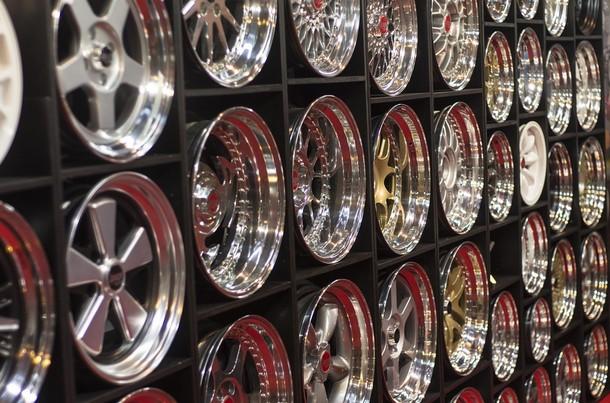 Где в Екатеринбурге удачно приобрести легкосплавные диски