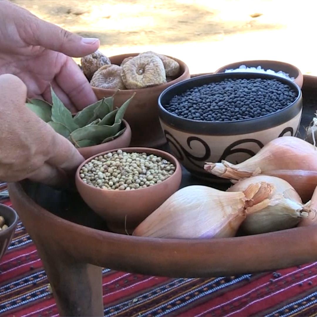 Пообедать, как 3000 лет назад, предлагают на Крите