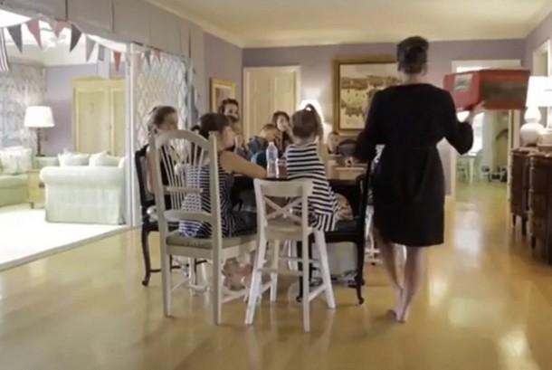 2021 09 02 150229 - Мама 16 детей обучает их дома