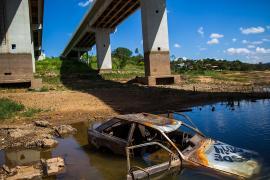 Из-за засухи в Бразилии высыхают водохранилища