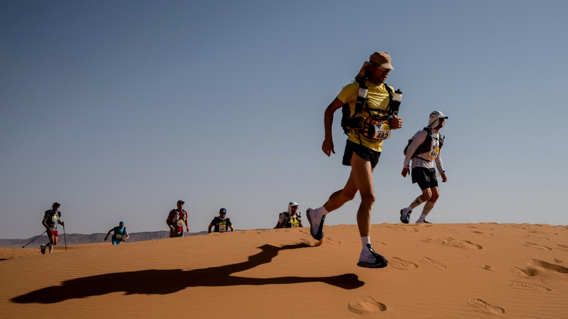 Во время знаменитого Сахарского марафона умер бегун