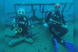 Подводной йоге обучают в Сент-Люсии на Карибском море