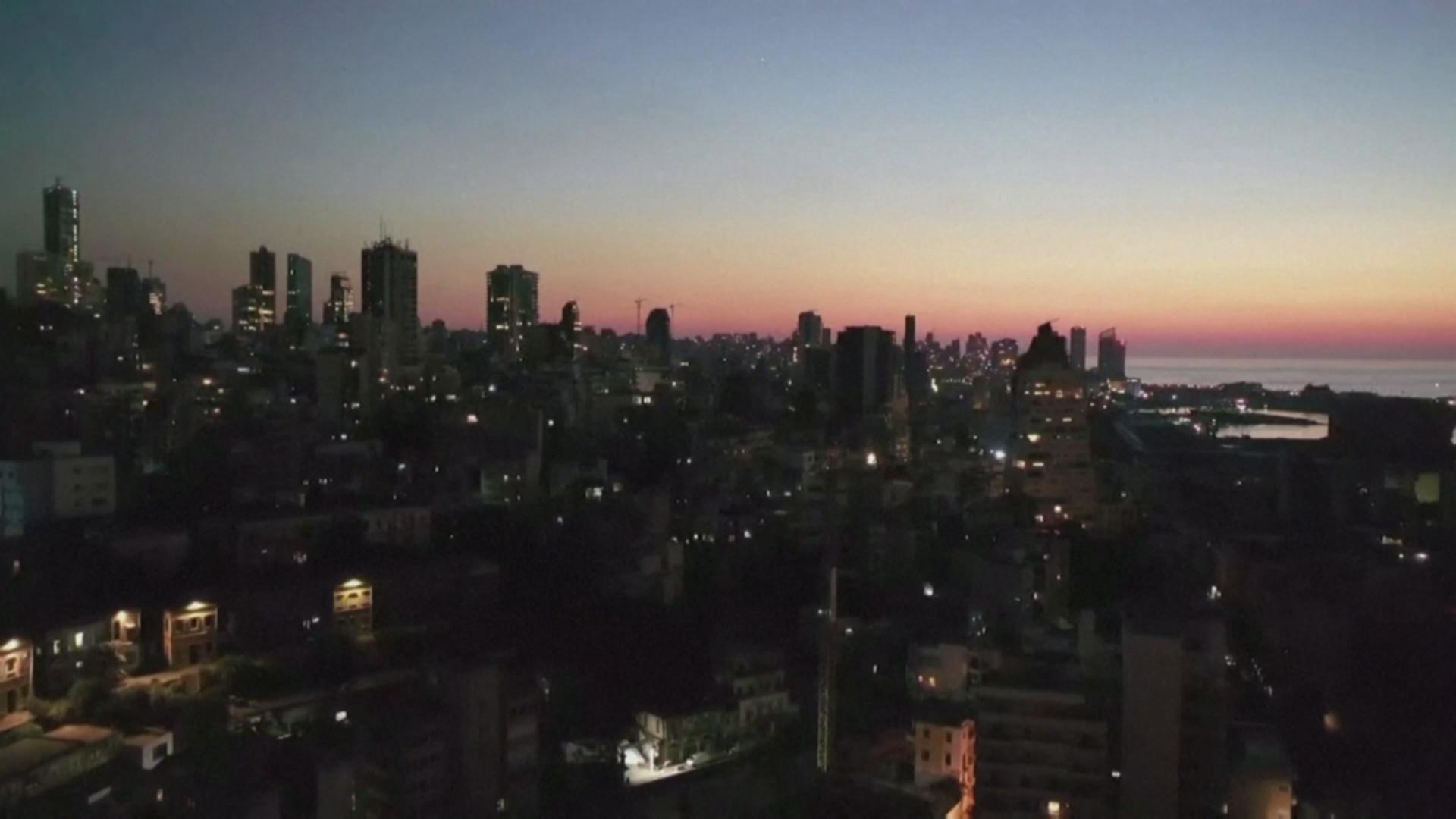 Ливанцы сутки просидели без электричества