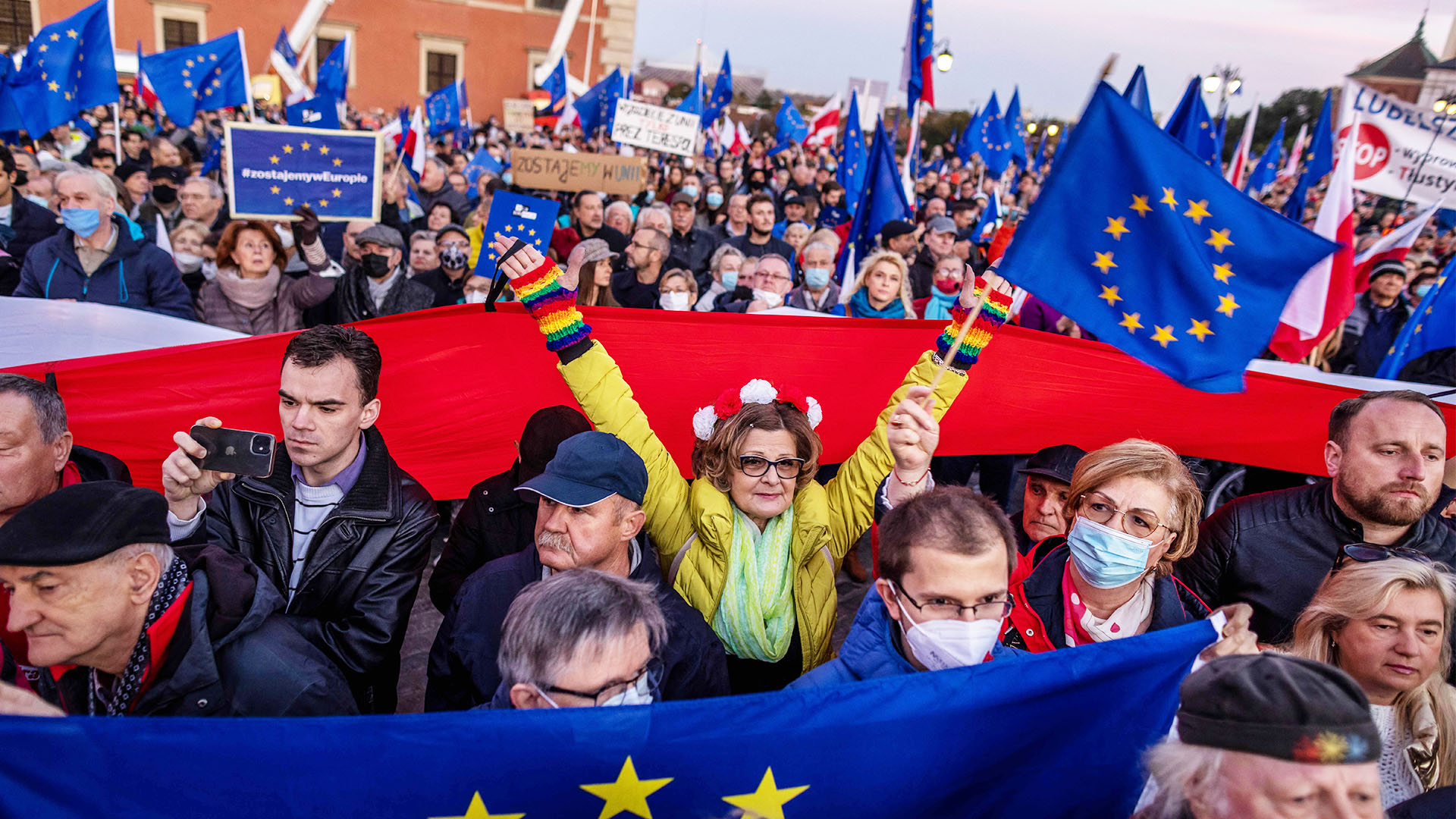 Поляки испугались повтора «брексита» и вышли на протест
