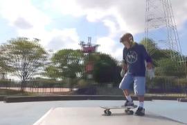 Не поддаётся старости: 81-летний японец стал скейтбордистом