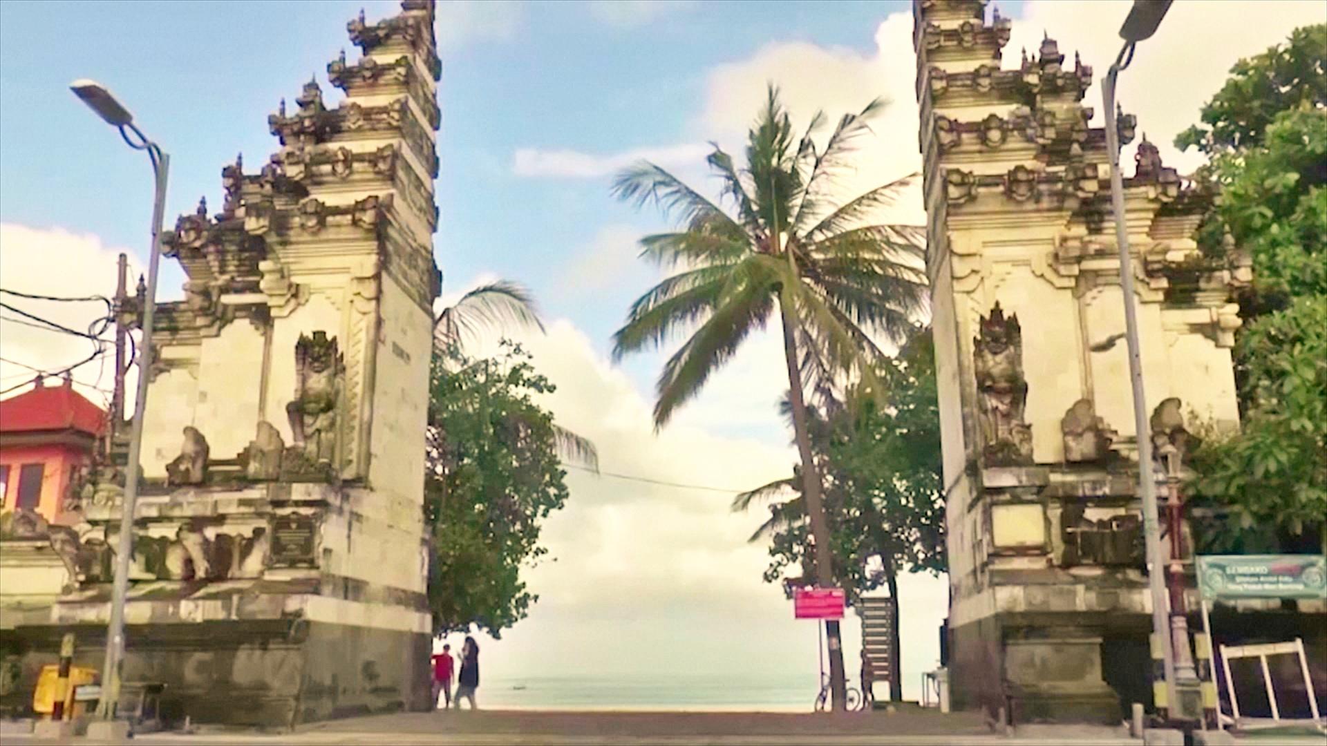Остров Бали открыли для иностранных туристов, но пока никто не летит