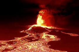 Лава подбирается ещё к двум городам острова Пальма