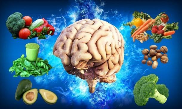 Мозг и еда: какие продукты помогают нам думать