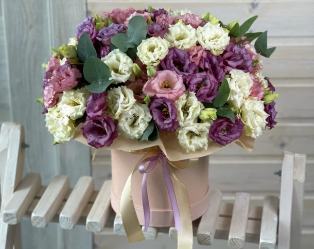Цветы в коробке – вариации оформления