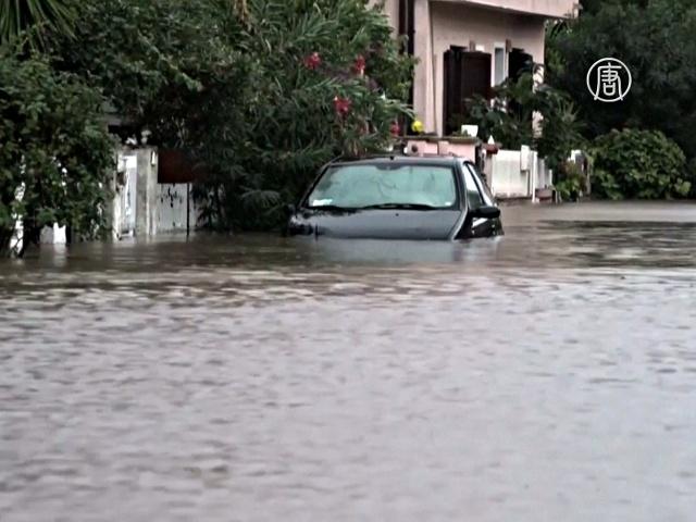 Итальянский остров Сардиния снова затопило