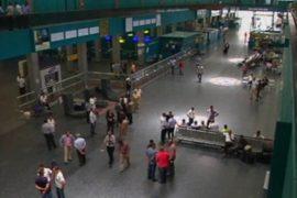 Аэропорт Триполи вновь заработал после захвата