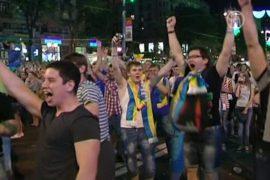Украина радуется первой победе на Евро-2012