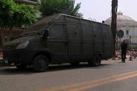 Парламент Египта окружили силы безопасности