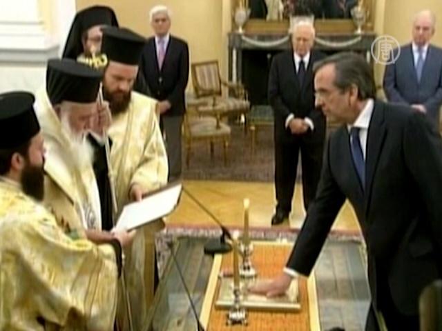 Премьер Самарас обещает вывести Грецию из кризиса